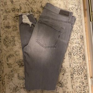 Express gray distressed skinny jeans 6R